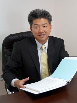 山内国博税理士